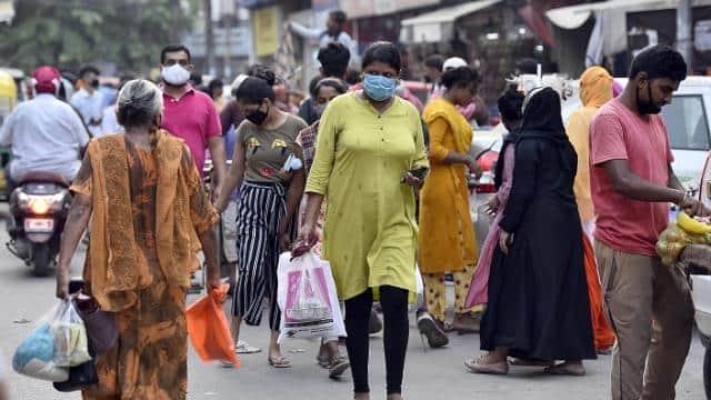 दिल्ली में आज कोरोना के 3714 नए मरीज मिले, 4465 लोग हुए ठीक, कंटेनमेंट जोन बढ़कर 2000 के करीब पहुंचे