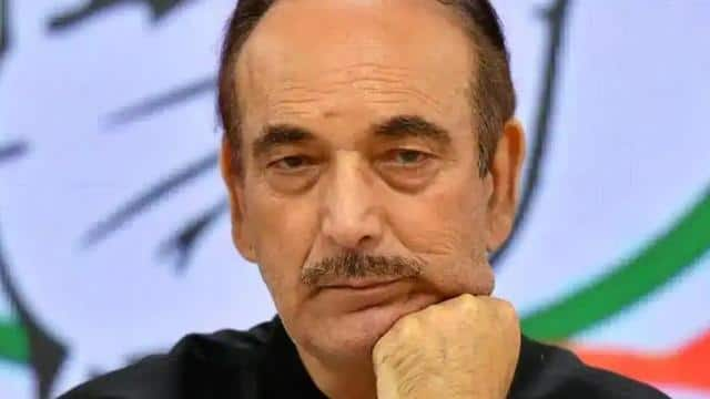 congress leader ghulam nabi azad tests positive for covid-19
