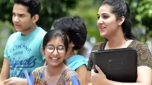 in 2019-20 around 2 lakh indian students chose america for higher education
