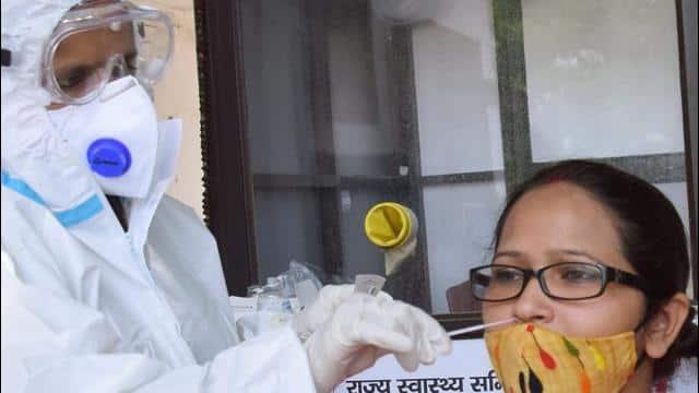 Bihar: कोरोना की दूसरी लहर को लेकर विभाग अलर्ट, हर जिले में टेस्ट बढ़ाने का आदेश