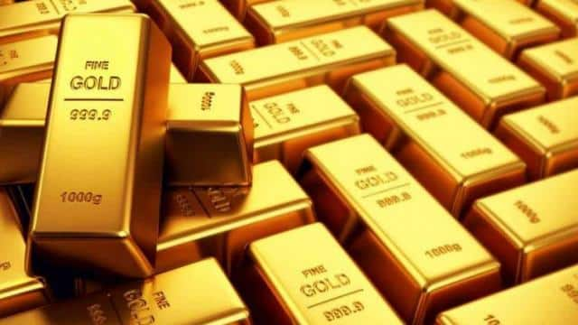 gold smuggling  gold smuggling from myanmar to india  dri  patna junction  gold smuggling in bihar