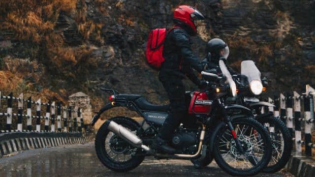 Royal Enfield ला रहा है Himalayan का नया अवतार! स्मार्टफोन से कनेक्ट हो सकेगी बाइक