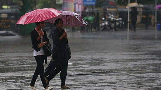 UP Weather : कल से यूपी में दिखेगा चक्रवात यास का असर, शुरू होगा आंधी-पानी का सिलसिला