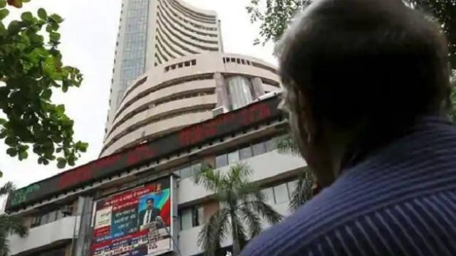 शीर्ष 10 देशों में भारतीय शेयर बाजार की सबसे तेज चाल, जानें रिटर्न के मामले में किन स्टॉक मार्केट को पछाड़ा