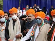 कांग्रसे के बाद अब 'G-23' में भी दो फाड़, PM की तारीफ से बढ़ी नाराजगी