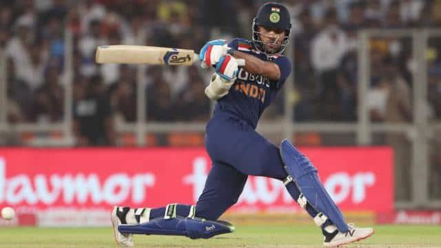 श्रीलंका दौरे के लिए भारतीय टीम का ऐलान, शिखर धवन को सौंपी गई कप्तानी