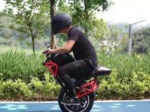 एक पहिये वाली इलेक्ट्रिक बाइक, 100km तक करेगी सफर, 48kmph है टॉप स्पीड