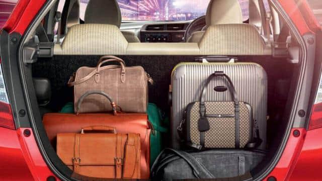 Maruti से लेकर Hyundai तक, देश की टॉप 5 बेस्ट हैचबैक कारें, कम कीमत में भी देती हैं सबसे ज्यादा बूट स्पेस