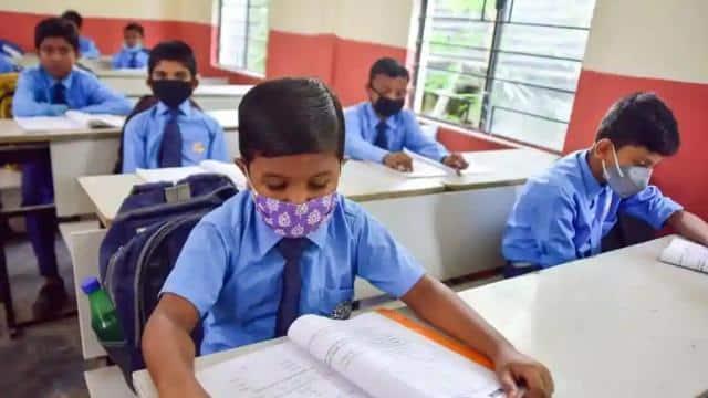 झारखंड में 13 मई तक घर से काम करेंगे शिक्षक