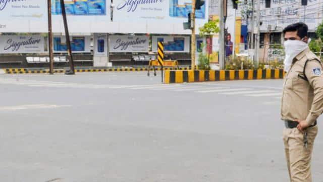 मध्य प्रदेश: जबलपुर में DM का बड़ा आदेश- अनिश्चितकाल तक लागू रहेगा लॉकडाउन, जानिए दूसरे शहरों में कब तक रहेगी पाबंदी