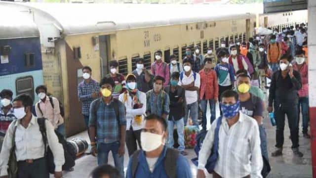 Bihar Corona Update: प्रवासी श्रमिकों की मदद को कंट्रोल रूम बना, जारी हुआ टोल फ्री नंबर