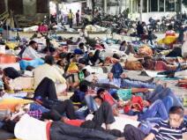 कर्फ्यू लगते हीमहाराष्ट्र छोड़ने लगे प्रवासी मजदूर, नहीं झेलना चाहते लॉकडाउन का दर्द