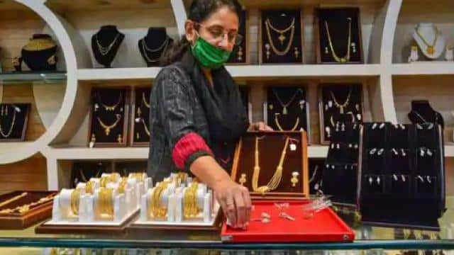 gold price today              -                                                               35666                                           18