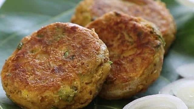 ईद की शाम को जायकेदार बनाने के लिए ट्राई करें चिकन शामी कबाब, नोट करें ये टेस्टी Recipe