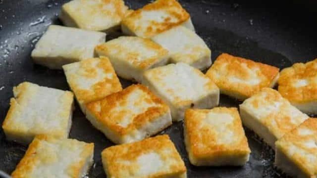 Video: शेफ पंकज भदौरिया से जानें पनीर को तलने के बाद भी कैसे बनाए रख सकते हैं सॉफ्ट