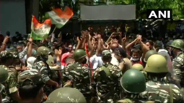 मंत्रियों की गिरफ्तारी पर भड़की TMC, सीबीआई दफ्तर पर कार्यकर्ताओं की पत्थरबाजी, ममता बोलीं- मुझे गिरफ्तार करो