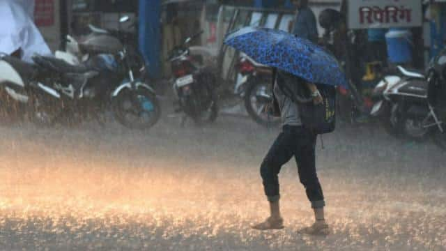UP Weather : tauktae impact rain continue on Thursday throughout the day  IMD says relief get from tomorrow - यूपी मौसम अपडेट : आज भी दिनभर होगी  बारिश, कल से मिलेगी राहत