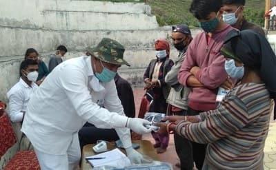 भारत संवैधानिक मंच के शिविर में 67 लोगों की स्वास्थ्य जांच