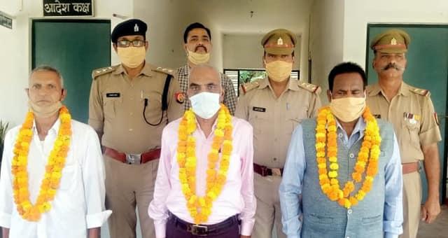 सेवानिवृत्त पुलिस कर्मियों को दी गई भावभीनी विदाई