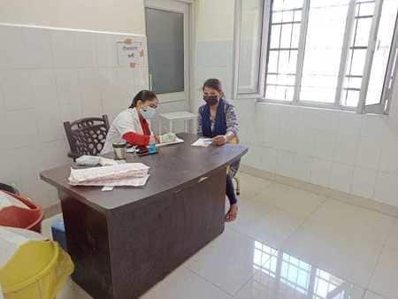 मंगलवार को जिले में टीकाकरण पूरी रफ्तार से चला। शहर में जिला अस्पताल, मोहल्ला कोट स्थित एमसीएच विंग व मुन्नी देवी राजकीय महिला चिकित्सालय समेत तीन...