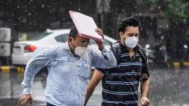 UP Weather : पूर्वी यूपी में कल जमकर बरसेंगे बादल, मौसम विभाग ने जारी की बारिश की चेतावनी