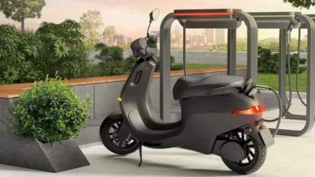 ऑनलाइन खरीदें और घर डिलिवर हो जाएगा Ola Electric स्कूटर, CEO ने दिए संकेत