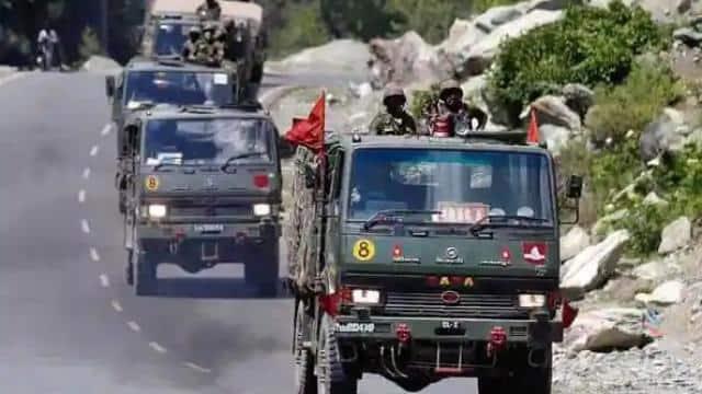 चीन से तनातनी के बीच बड़ा फैसला, भारतीय सेना से हटाए जाएंगे 4 दशक पुराने लड़ाकू वाहन