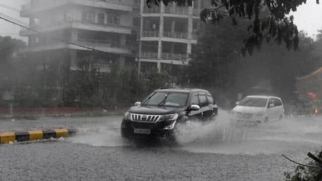 दिल्ली का मौसम हुआ सुहावना, जानें आने वाले दिनों में कैसी होगी बारिश
