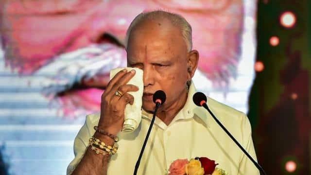 येदियुरप्पा के कई मंत्रियों को भी हटाएगी बीजेपी? एक दर्जन विधायकों को भविष्य की चिंता