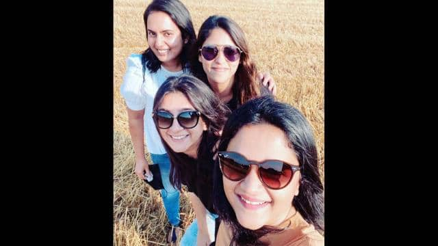 cricketer s wives