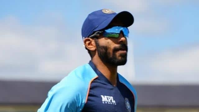 IND vs ENG: इंग्लैंड टेस्ट सीरीज के लिए जसप्रीत बुमराह की अनोखी तैयारी, बैटिंग पैड पहनकर की गेंदबाजी- देखें PHOTO