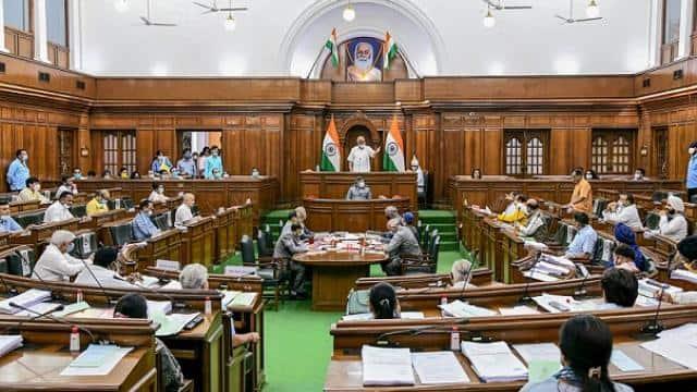 दिल्ली विधानसभा ने भाजपा के विरोध के बीच जीएसटी संशोधन बिल पास, एक भाजपा विधायक अगले सत्र के लिए सस्पेंड