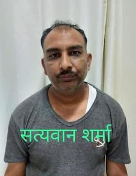 टपरी शराब फैक्ट्री प्रकरण : लखनऊ एसटीएफ ने 25 हजार के इनामी ट्रांसपोर्टर को गिरफ्तार किया