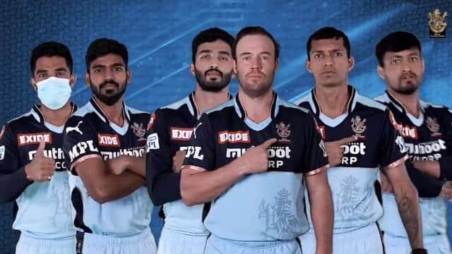 IPL 2021: इस खास मकसद से KKR के खिलाफ RCB की टीम उतरेगी ब्लू जर्सी में