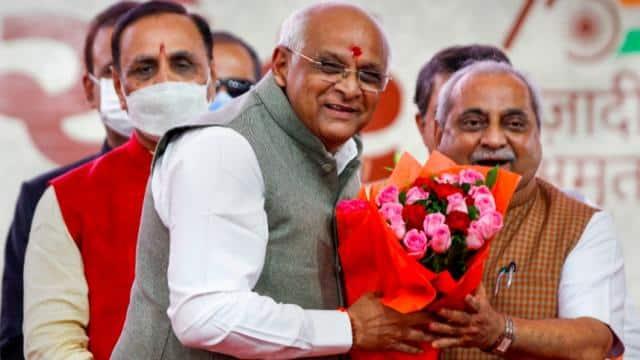 गुजरात में पूरी तरह नई होगी सरकार, बड़े फेरबदल पर बढ़ी रार, अब कल होगा मंत्रियों का शपथ समारोह