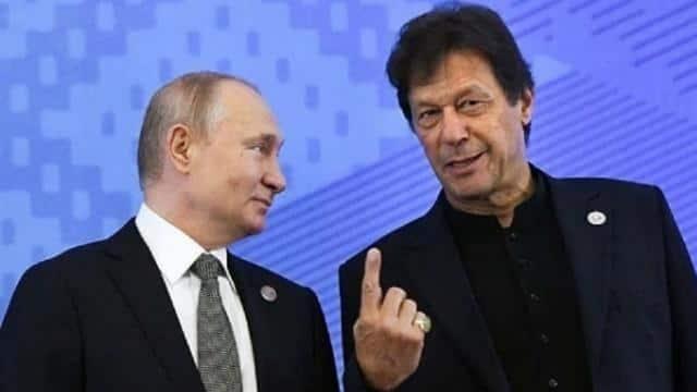 1 महीने में दूसरी बार हुई इमरान खान और पुतिन के बीच बातचीत, क्या भारत से खफा हो गया है रूस?