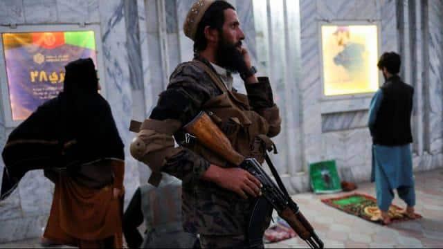 तालिबान के डर से रोज बदलते हैं ठिकाना... अफगान में रह रहे अमेरिकी नागरिकों की आपबीती सुनकर कांप उठेगी रूह