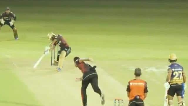 IPL 2021: केकेआर के इस बल्लेबाज ने रॉयल चैलेंजर्स बैंगलोर के गेंदबाजों की उड़ाई नींद, प्रैक्टिस मैच में की चौके-छक्कों की बारिश- VIDEO