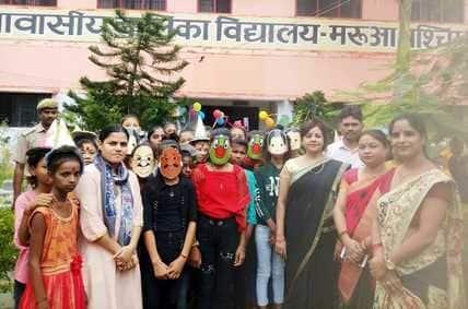 कस्तूरबा विद्यालय में हर्षोल्लास से मनाया गया मीना का जन्म दिवस