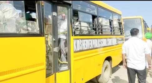 शव, एम्बुलेंस व स्कूली वाहनों को नहीं निकलने देने पर भाकियू दो गुटों में बंटी