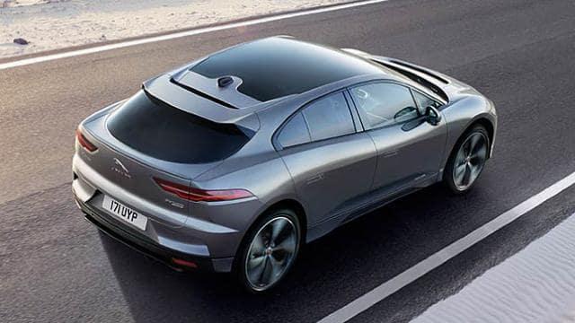 देश मे आज से शुरू हुई इस पावरफुल इलेक्ट्रिक SUV की बुकिंग, सिंगल चार्ज में चलेगी 470Km