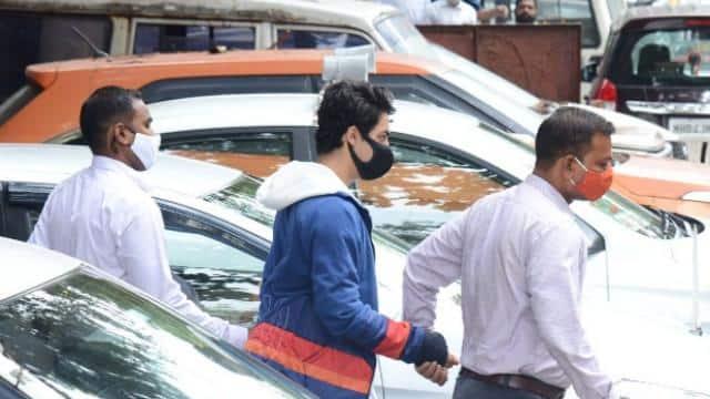 जेल में कटेगा आर्यन खान का दशहरा, जानें- कोर्ट में आज क्या-क्या हुआ