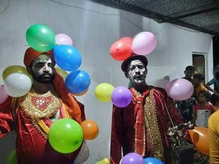 पेटल राजा की भूमिका में अकरम अली ने खूब हंसाया